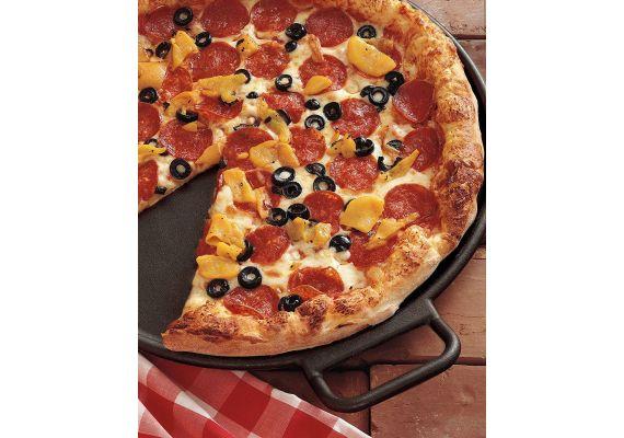 Tigaie din fonta pentru pizza Lodge 36 cm L-P14P3